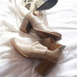Cream bootie heel